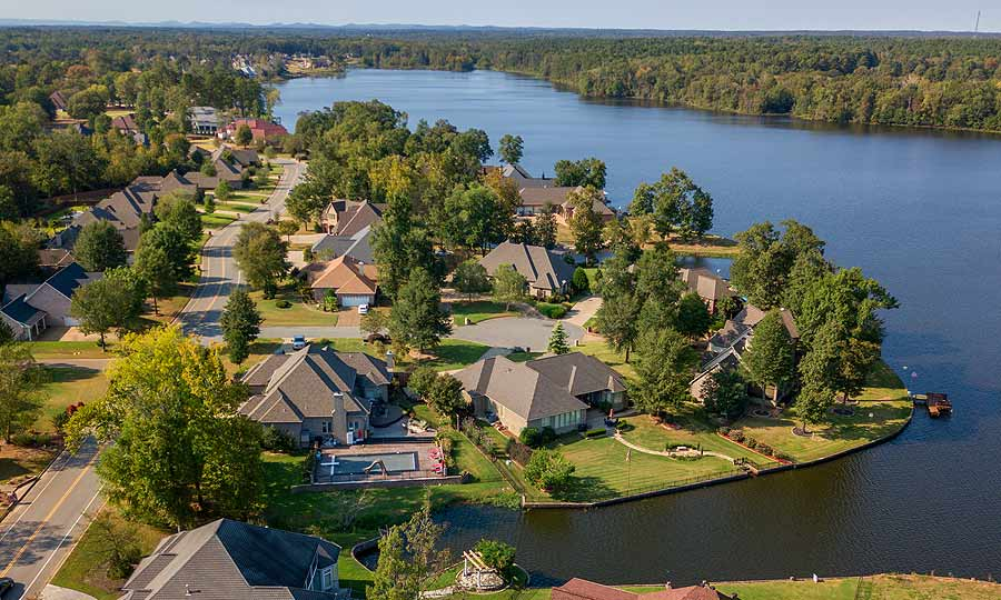 Premier Lakefront Developments in Little Rock